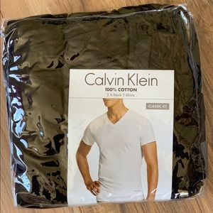 Calvin Klein Mens cotton vneck T-shirt's 3pack